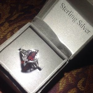 Jewelry - Gorgeous sterling silver and ruby ring